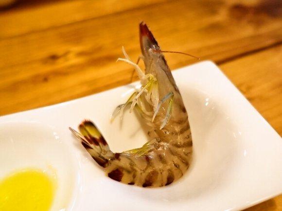 SNS投稿で無料の裏メニューも!漁港直送の新鮮魚介が楽しめるビストロ