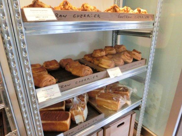全部キューブ型?ラブリーなパン屋が渋谷に期間限定オープン!