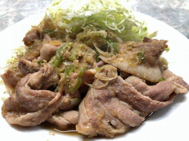 「孤独のグルメ」にも登場!新宿近くの青果市場内にある『伊勢屋食堂』