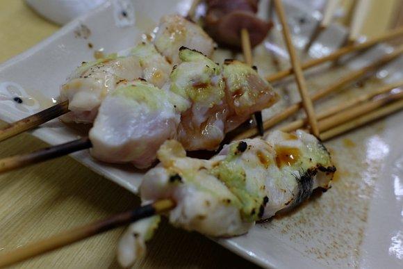 ノンベエの聖地で異彩を放つ!バリエーション豊富な串焼きが楽しめる老舗