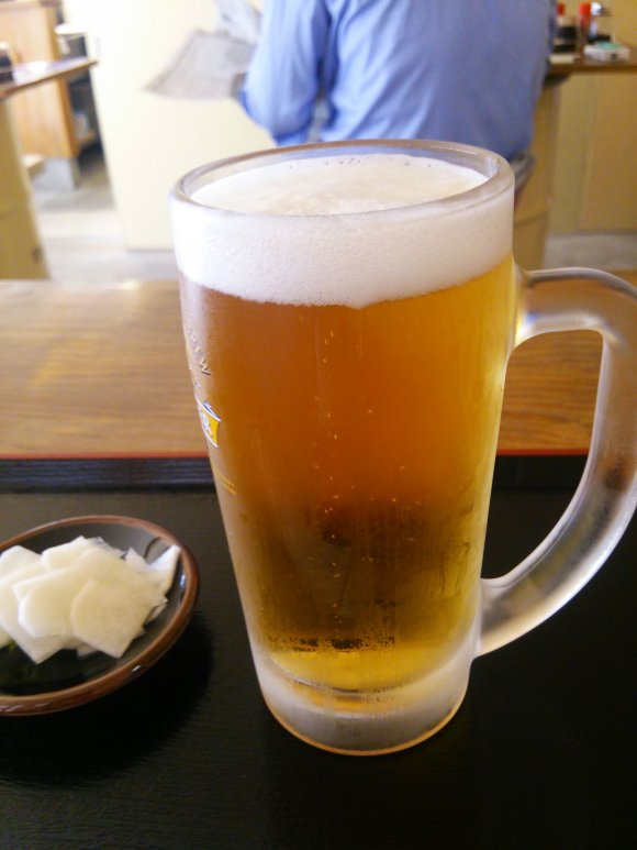 野毛の昼飲みに最適!週末は午前中から飲める、リーズナブルな野毛の酒場