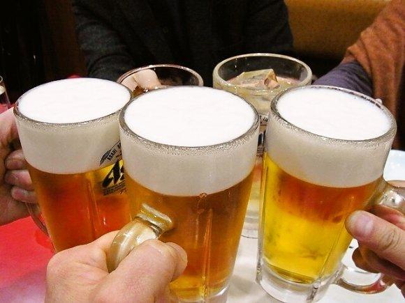 冷えたビールが欲しくなる!ガツンとジューシーな餃子記事7選