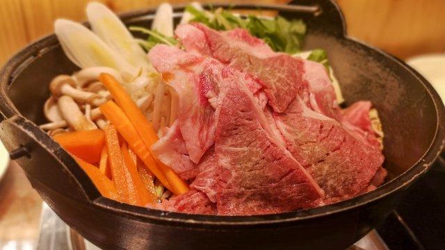 来たれ牛肉好き!選び抜かれた「黒毛和牛」がリーズナブルに楽しめる店