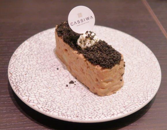 大人のTKGがたまらない旨さ!高級シャンパンもお得に飲める大阪のお店