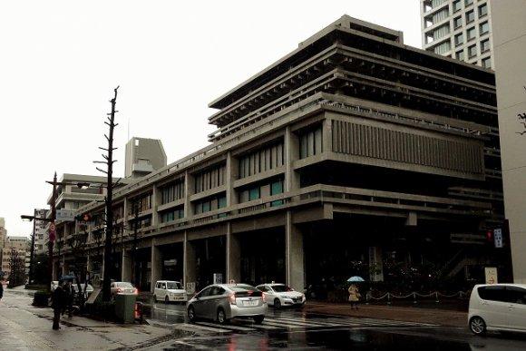 うどん県庁で讃岐の冬の風物詩「しっぽくうどん」をいただく!
