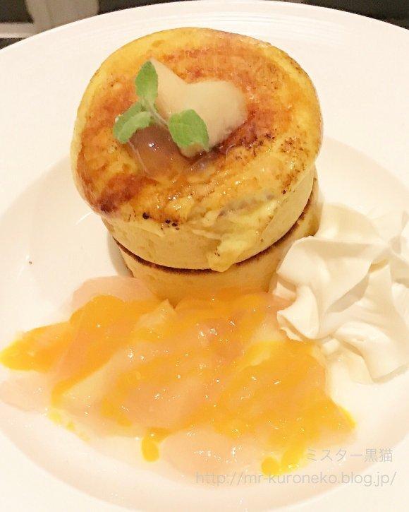 世界大会準優勝のパティシエが手がける!桃のパフェが味わえるのは今だけ