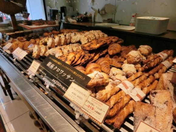 銀座で人気のパン屋14選!食パンやクロワッサンが絶対おいしい行列店も