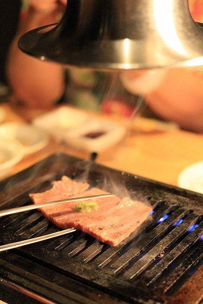 【銀座】コスパ最強!厚さ約1.5センチの超厚切り極上牛タン