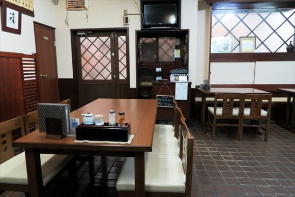 創業200年以上!?大阪の最古のうどん店とも言われる老舗『土手嘉』