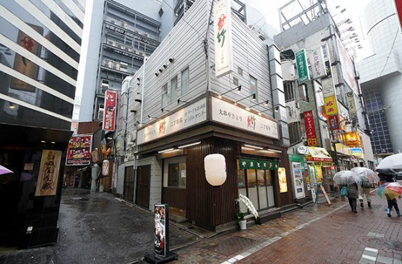 1本80円からの人気店に老舗の新店!都内で美味い「焼鳥」が味わえる店