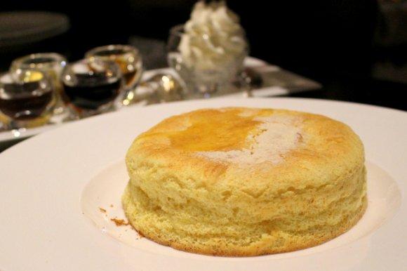 ラグジュアリーな空間でコスパも高い♪流行最前線のパンケーキ