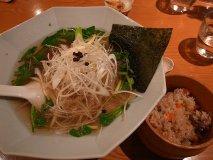 ランチ営業は火木限定!赤坂の鴨料理専門店で絶品鴨らーめん