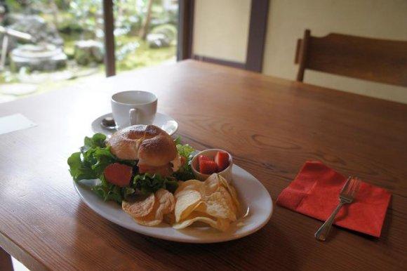 春と秋だけ営業!京都・大原観光時に行きたい超隠れ家カフェ
