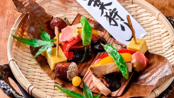 誰もが驚くランチは圧巻!夜は最高級の鮮魚と日本酒を堪能できる隠れ家店