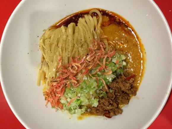 たれまで余すことなく味わいつくしたい!「広島汁なし担担麺」の穴場店