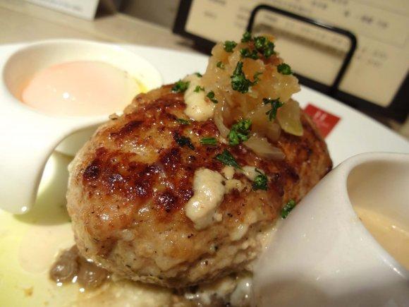 新宿で肉を食べるなら!バリエーション豊富な肉料理記事5選