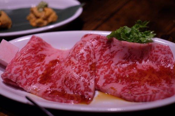 極上肉に本格スイーツも!超人気焼肉店マルウシミートの凄さを感じる新店
