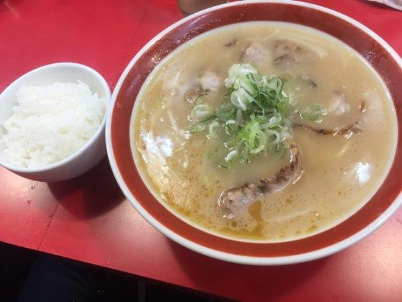 京阪神エリアで注目!地元の食通が厳選する美味しいラーメンが味わえる店