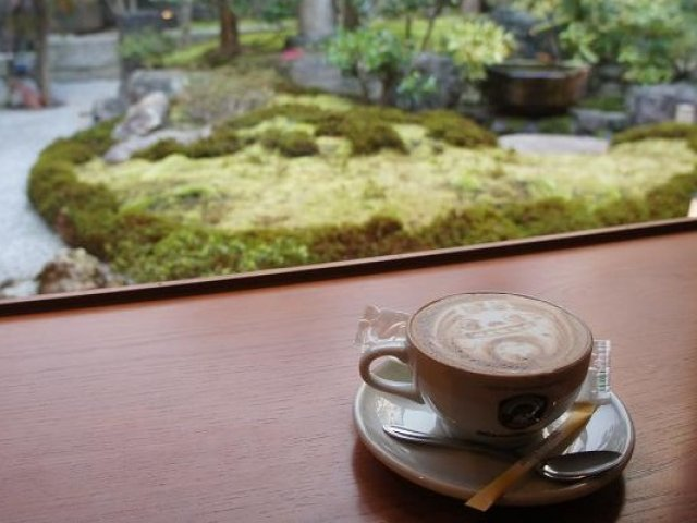 京都らしさ満点!庭を眺めながらカフェスイーツが楽しめる3軒