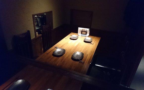 和牛の焼きしゃぶや肉寿司も!絶品鉄板焼きが楽しめる隠れ家のようなお店
