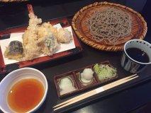 こだわりの蕎麦と天ぷらがリーズナブルに味わえるコスパ抜群のお店