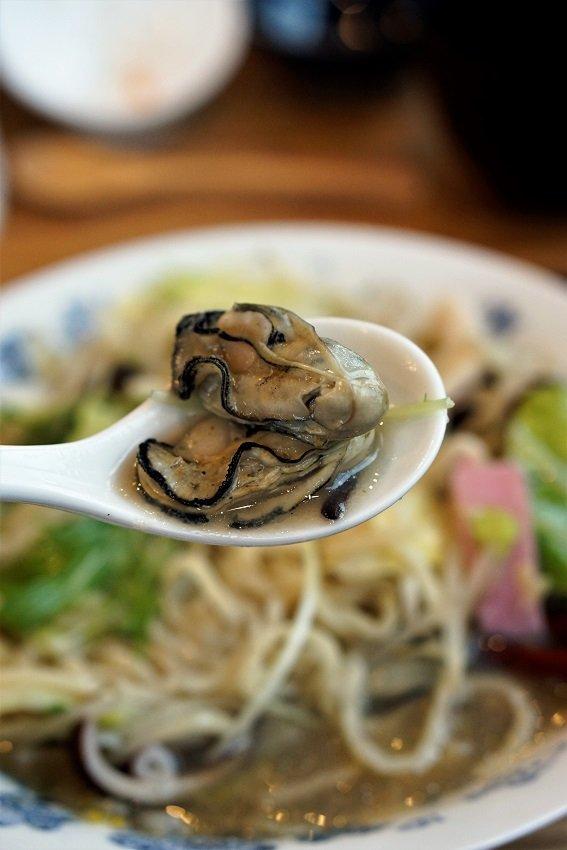 レベル高すぎ!ご飯が進む「明太子ふくや」直営店の定食と牡蠣チャンポン
