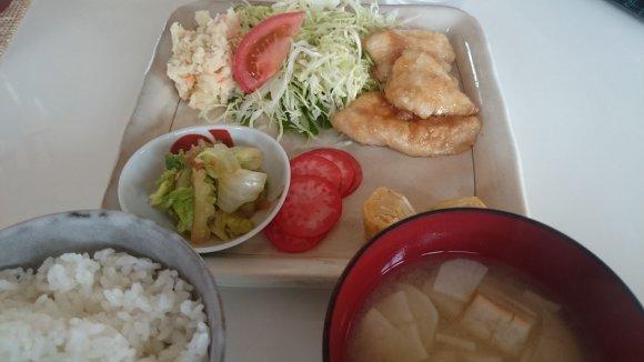 日替わりランチが600円!新鮮自家製野菜が美味しい畑の中の一軒家