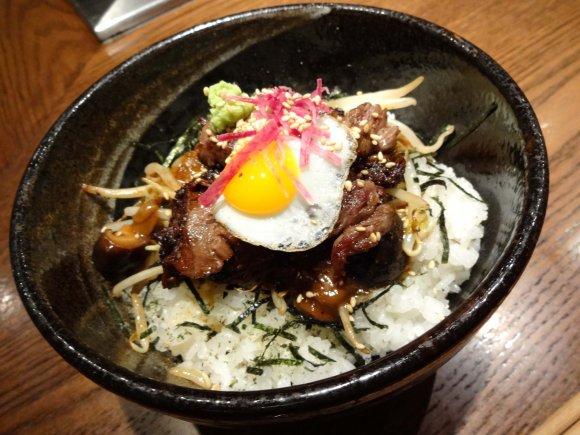 安くて美味しい!東京で1000円以下のお勧めどんぶり飯7選