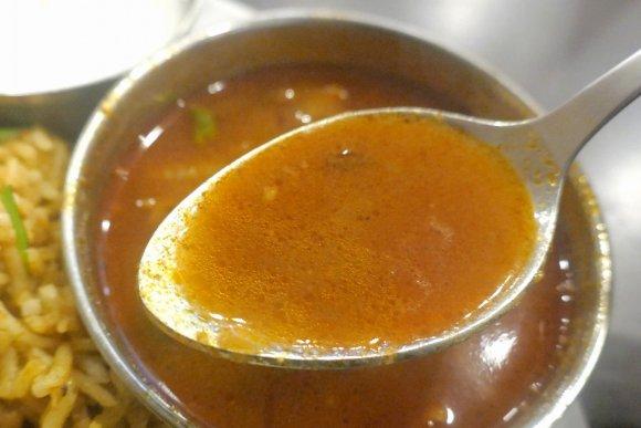 旨辛でクセになる「ビリヤーニー」が毎日楽しめる!神田の南インド料理店