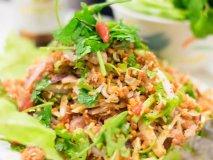 予約必須のタイ料理店!メディアで噂の人気料理人の店『バーン・タム』