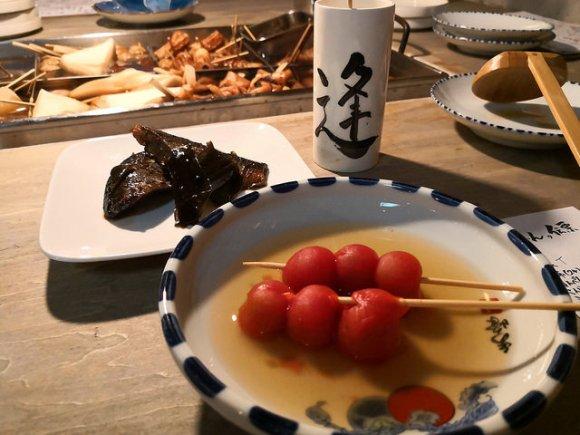 恵比寿で今話題!昭和レトロが古くて新しい、セルフスタイルおでんの店