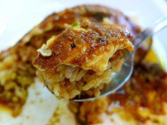 オムライス界に衝撃!スリランカ料理と出会った新型オムカレー