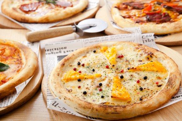 1500円以下で選べる3種の食べ放題!とろ~りチーズの高コスパ肉バル