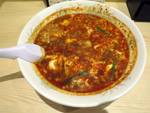 天神・大名に赤い波来る!「辛い麺」と「トマト麺」が旨い注目の新店3軒