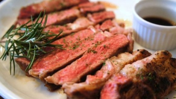 肉質にこだわる貴方に!間違いなく美味い「黒毛和牛」記事7選