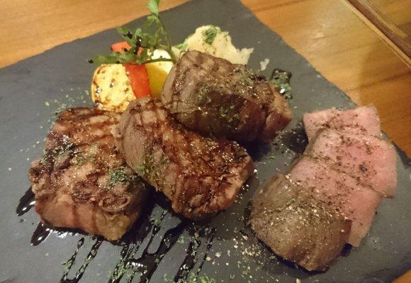 ムール貝メニューが50種も!お肉も充実のムール貝専門店『ピンゼロカ』