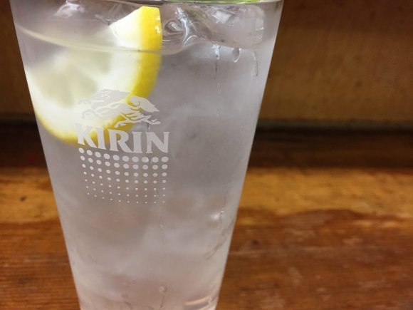 名物の八宝菜が200円!酒好きの著名人も訪れる大阪新世界の老舗居酒屋