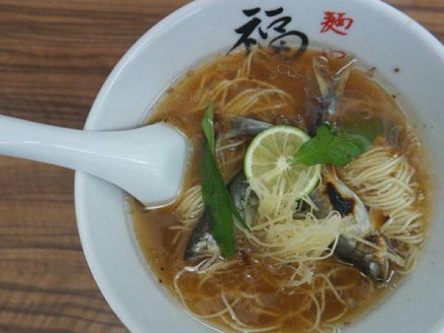 北陸・金沢初の鮎のラーメンも!人気店「麺や福座」の夏めん2種揃い踏み