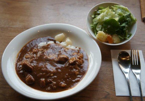 京都らしい町屋カフェで、ゆったり楽しむふわふわタマゴサンド