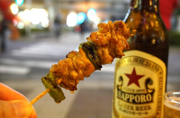一日に数千本売れる焼鳥は1串110円から!高円寺駅前の名酒場「大将」