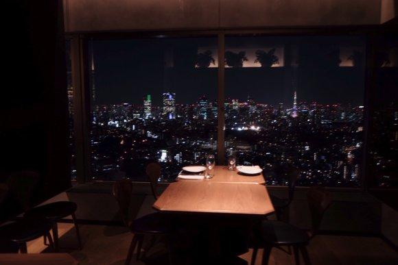 絶景の夜景と共に楽しむ!恵比寿でコスパ抜群のモダンタイ料理レストラン