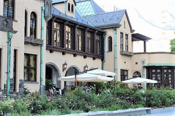 とにかく雰囲気が最高!都会の真ん中にあるクラシックな洋館レストラン