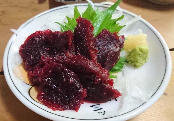 もつ煮や牛すじ煮込みを肴に飲む!東京で美味い「煮込み」が味わえる酒場