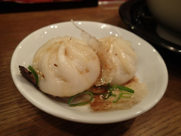 肉汁たっぷりの焼き小籠包とラーメンが絶品!南京町でオススメのお店