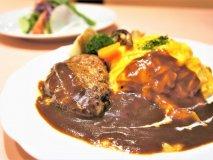 肉汁ハンバーグ&とろけるオムライス!至福の時を味わう最強コンビランチ