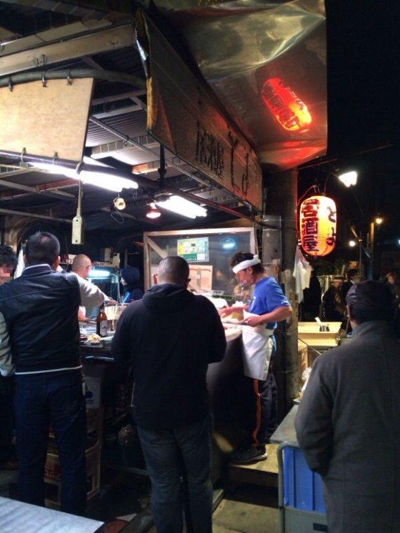 ここは海鮮パラダイス!大人気の居酒屋をお得に楽しむ方法