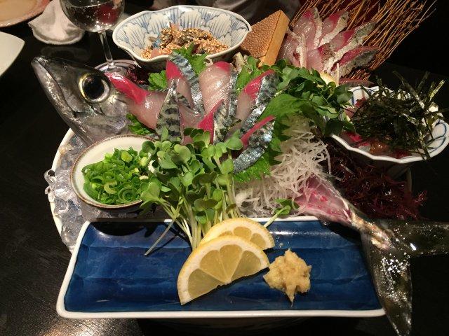 福岡だから味わえる!会食にもおすすめの鯖専門店の泳ぎ鯖刺し