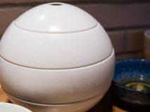 この球体はなんだ!?意外な場所で食べられる健康的な和食ランチ