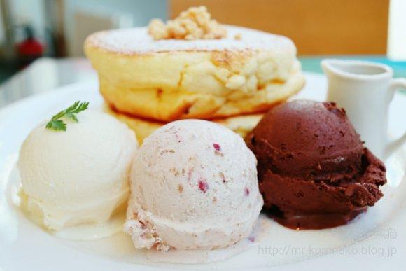 ふわふわパンケーキにプレミアムアイス!人気スイーツのコラボが限定登場