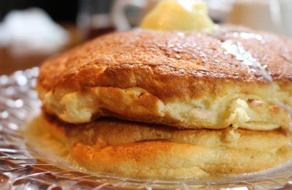 生地がとてつもなく絶品!バターのみで完食出来るパンケーキ